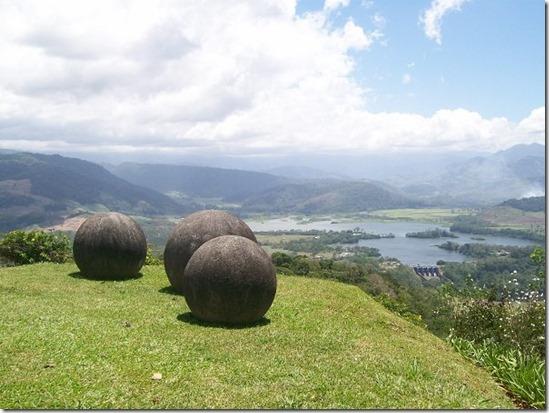 costa_rica_stone_balls