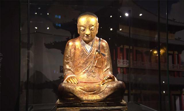mummified-buddha-statue