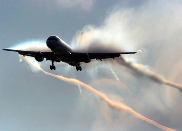 EXPOSED-Photos-From-INSIDE-Chemtrail-Planes-16
